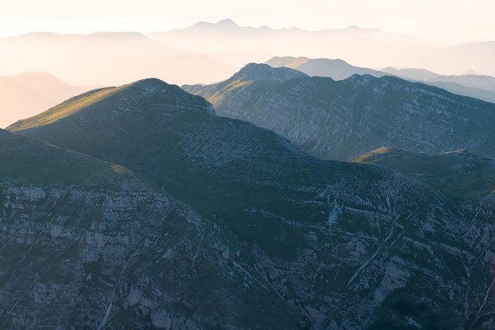 Le montagne della Duchessa in un tramonto di inizio estate